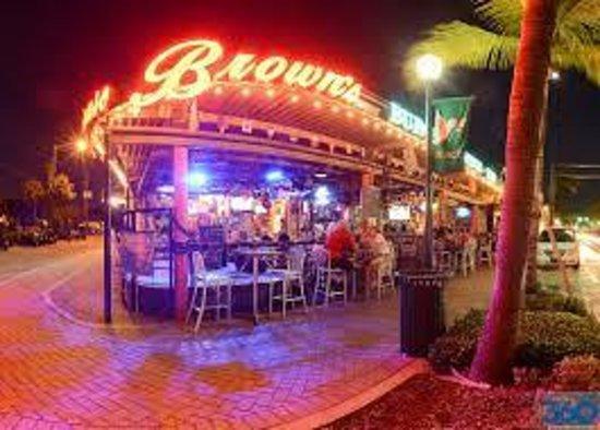 Atlantic Avenue: Brown's Live music on weekends