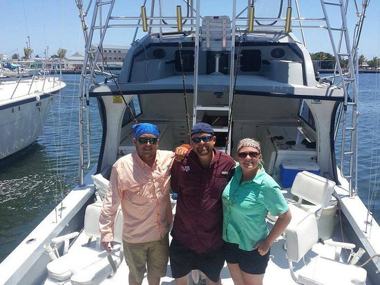 Linda D Sportfishing: Our group pic on our return!