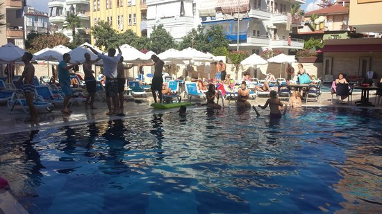 Tac Premier Hotel and Spa Alanya: The pool area