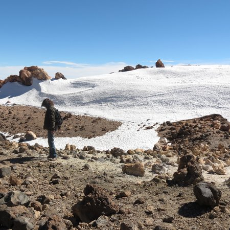 Volcan El Teide: happiness with snow, sun and surprise