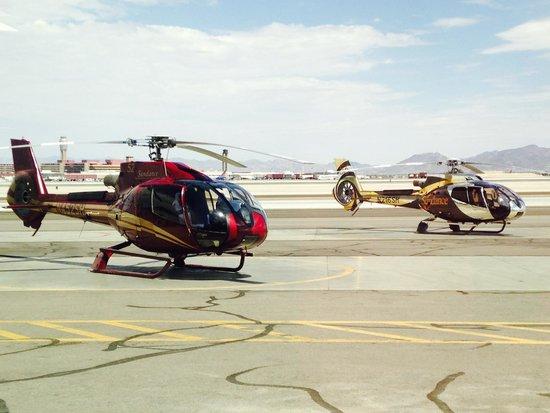 "Grand Canyon Tours: ""Vår"" helikopter...."