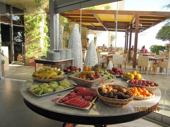 Panorama Hotel - Chania : frugt til hvert måltid