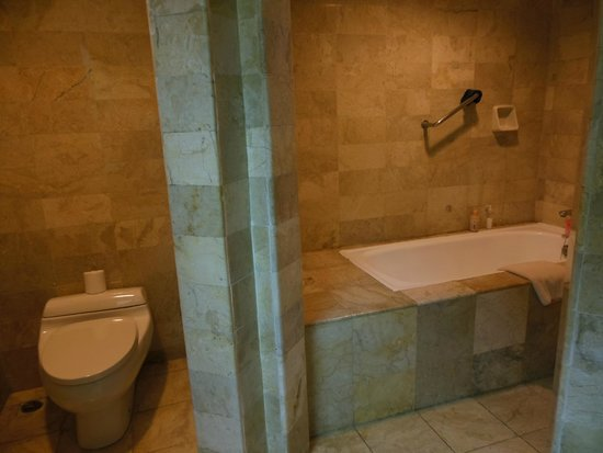 Sol Beach House Bali Benoa by Melia Hotels International : salle de bain