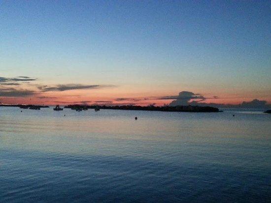 vista di sera dalla spiaggia stupenda foto di zona 99 On bagno 96 cattolica