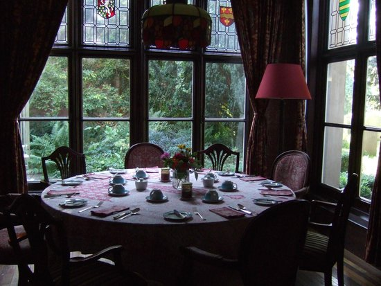Langar Hall: Breakfast set in the Library - Morning of the Wedding