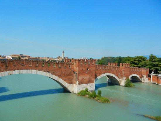 Ponte Scaligero: Scaligeri bridge from the citadel