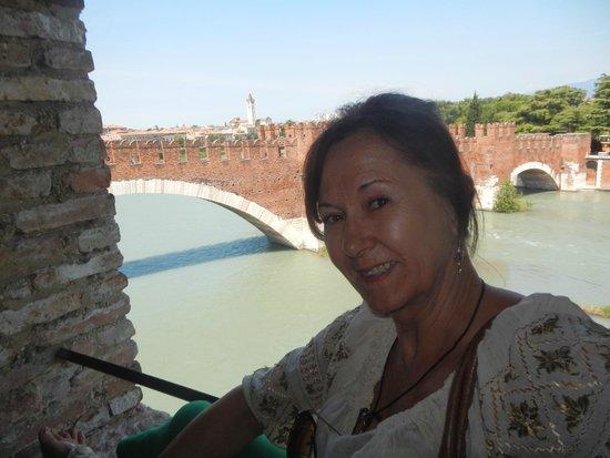 Scaligero-Brücke: Fiume Adige & Scaligeri bridge