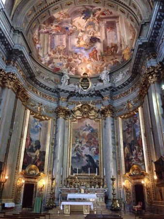 Chiesa di Sant'Ignazio di Loyola: The most beautyful church in rome after saint peter in Vatican city!! Its the second time i visi