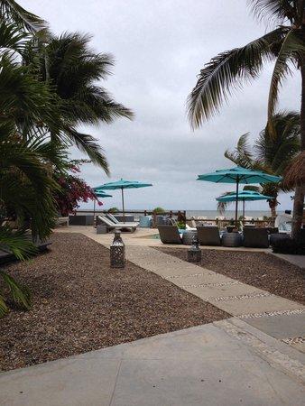 Karmairi Hotel Spa: Día nublado