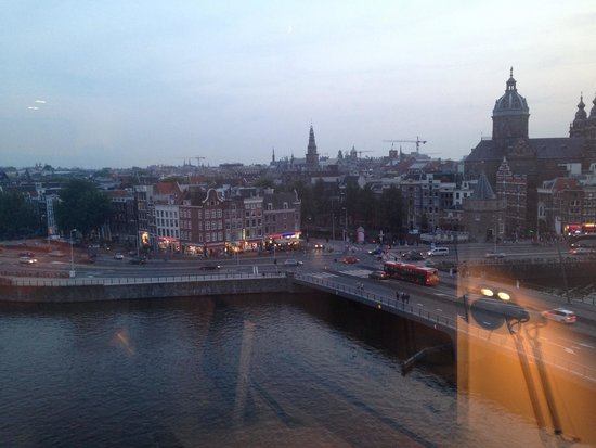 DoubleTree by Hilton Hotel Amsterdam Centraal Station: View