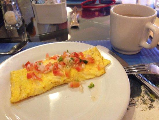 Hotel Cozumel and Resort: Omelet!