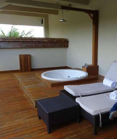 InterContinental Mauritius Resort Balaclava Fort: Private jacuzzi