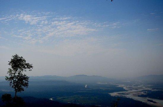 Ram Jhula: Rishikesh valley