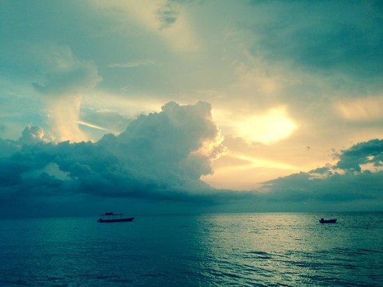 CocoLaPalm Resort: Beautiful Negril Sunset