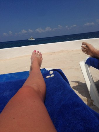 Hotel Cozumel and Resort: Gorgeous view from beach