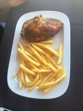 Cala Mandia Restaurant: Chicken and fries