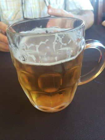 Cala Mandia Restaurant: Good cold beer