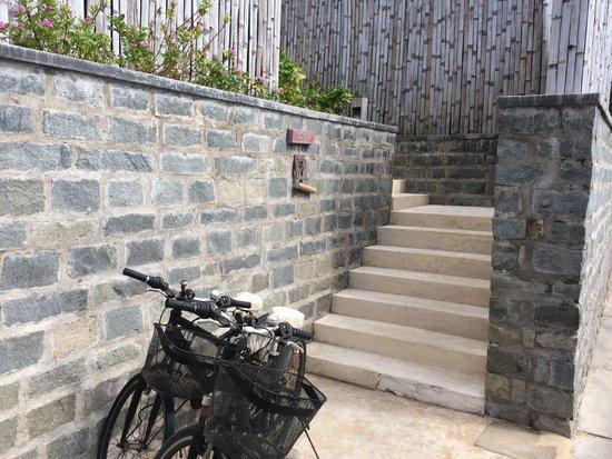 Six Senses Con Dao: Aufgang zur Villa