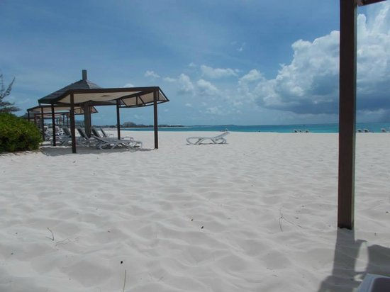 Club Med Turkoise, Turks & Caicos : white soft sand