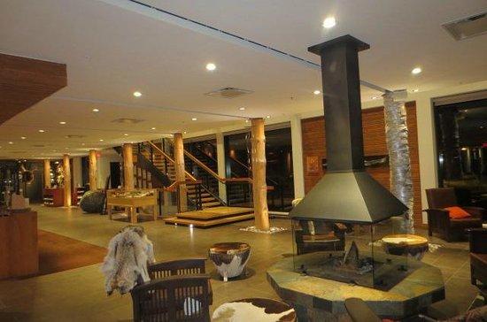Hôtel-Musée Premières Nations: Hall d'accueil