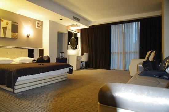 Cavusoglu Tower Hotel : ferah odalar