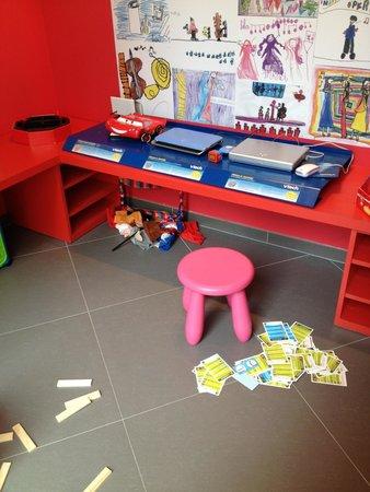 Ibis Styles Montpellier Centre Comedie : Espace enfants