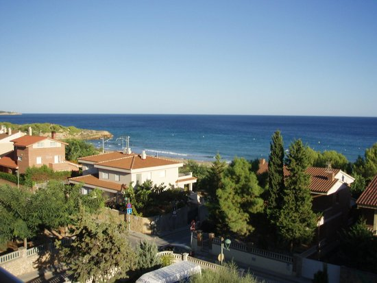 Hotel Sant Jordi: Savinosa Beach, the view from our balcony