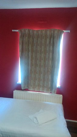 Gilson Hotel: delightful curtains