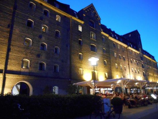 Copenhagen Admiral Hotel: lato hotel fronte mare