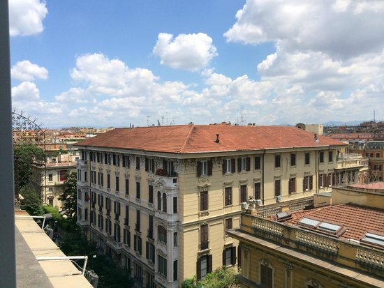 Hotel Romanico Palace : View from room 602