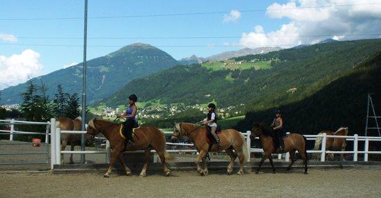 Hotel Atzinger: Equitation pour les enfants