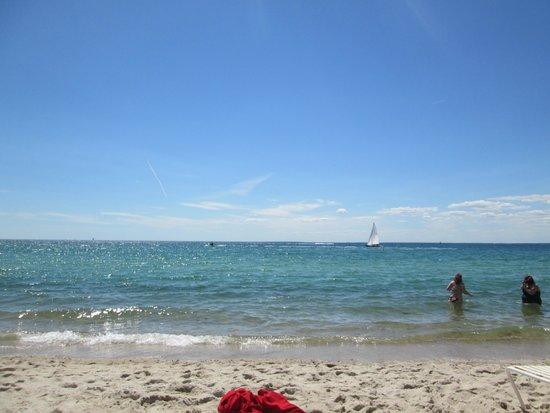 Sea Crest Beach Hotel: Beach view from my chair