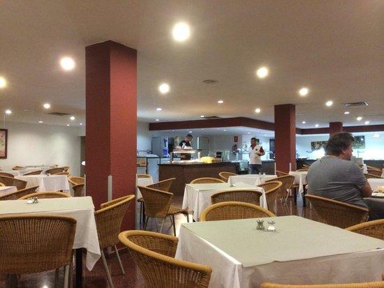 Catalonia Punta del Rey: Dining room