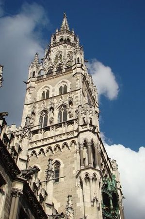 New Town Hall (Neus Rathaus): Torre