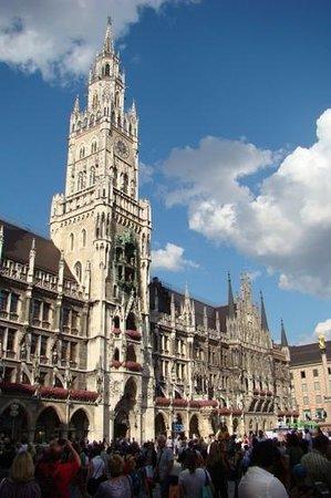 New Town Hall (Neus Rathaus) : Neues Rathaus