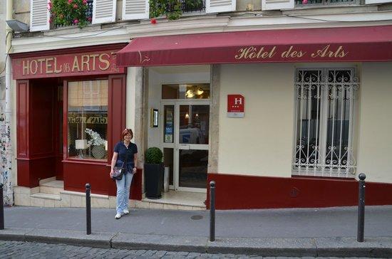 Hôtel des Arts - Montmartre : Eingang