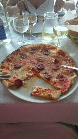 Hotel Ristorante Pizzeria Il Timone : Pizza Diavola