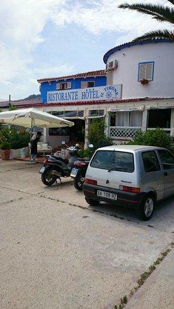 Hotel Ristorante Pizzeria Il Timone : Außenansicht