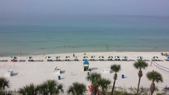 Beachcomber by the Sea: Great view from 5th floor!!