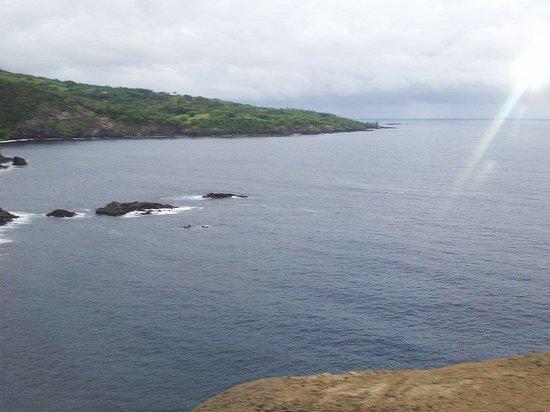Hana Highway - Road to Hana : ocean view on hana highway