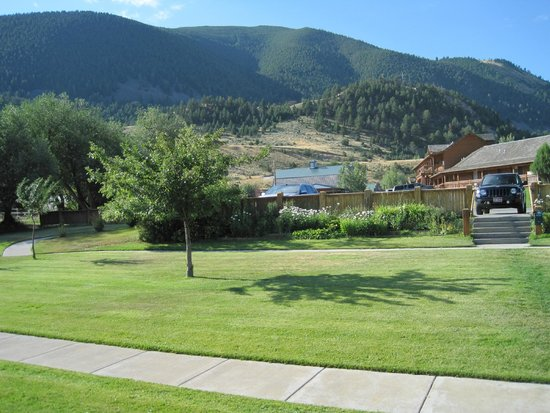 Chico Hot Springs Resort: from our cabin porch