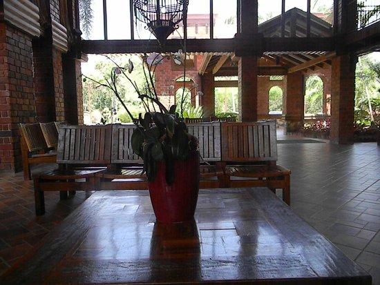 Hotel Gran Jimenoa: lobby