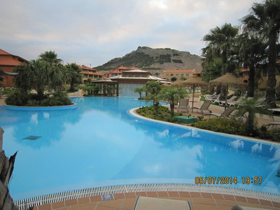 Pestana Porto Santo All Inclusive : Vista dos quartos piscina