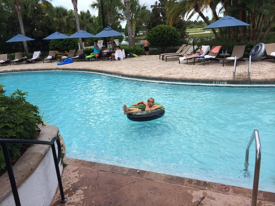 Marriott's Lakeshore Reserve : Bring a floaty or buy one in the store