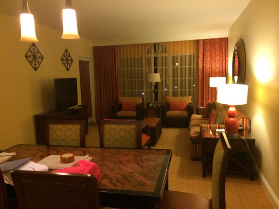 Marriott's Lakeshore Reserve : Awesome living area