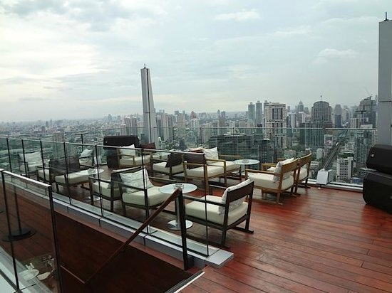 Bangkok Marriott Hotel Sukhumvit: Magnificent view from the Top !