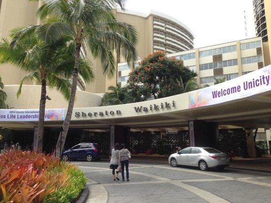 Sheraton Waikiki: entrada