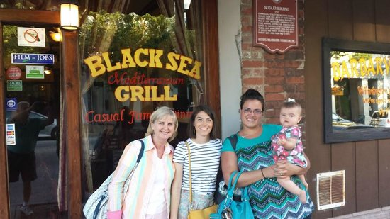 Black Sea Grill: Great Food - good time