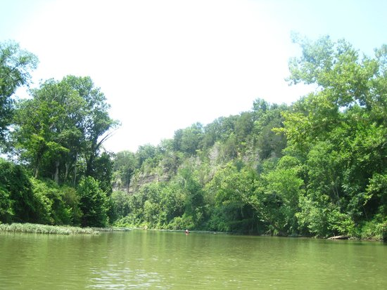 Narrows of the Harpeth : Rounding the bend