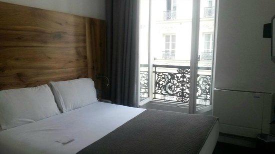 Maxim Folies : La habitación, pequeña pero estaba bien.